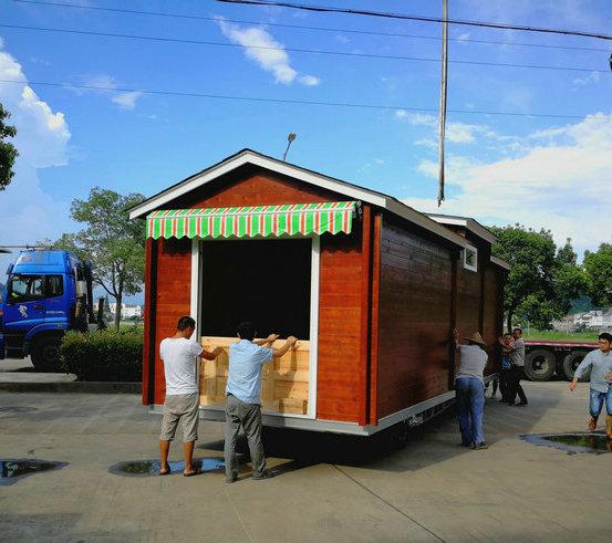 可移动式木屋房车