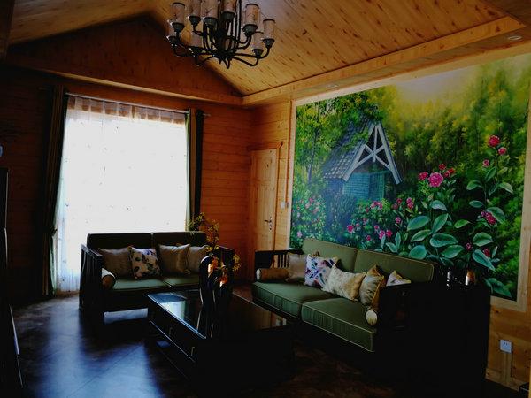 双层酒店木屋